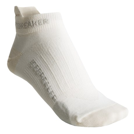 Icebreaker Run Ultralite Micro Socks - Merino Wool, Below-the-Ankle (For Women) in White/Silver/White