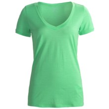 Icebreaker SF150 Tech Shirt - Merino Wool, V-Neck, Short Sleeve (For Women) in Sprout - Closeouts