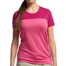 Icebreaker Tech Lite Color-Block T-Shirt - UPF 30+, Merino Wool, Short Sleeve (For Women) in Shocking/Raspberry - Closeouts