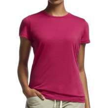 Icebreaker Tech Lite Crewe T-Shirt - UPF 20+, Merino Wool (For Women) in Raspberry - Closeouts