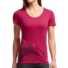 Icebreaker Tech Lite Easter Lily T-Shirt - UPF 20+, Merino Wool, Short Sleeve (For Women) in Raspberry - Closeouts