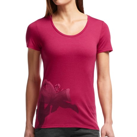 Icebreaker Tech Lite Easter Lily T Shirt UPF 20+, Merino Wool, Short Sleeve (For Women)