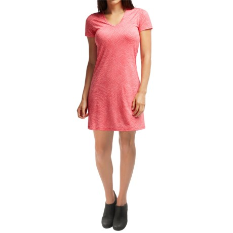 Icebreaker Tech Lite Mosaic V Neck Dress UPF 20+, Merino Wool, Short Sleeve (For Women)