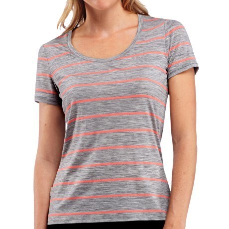 icebreaker tech lite stripe t shirt merino wool upf 20 short sleeve for women in metro. Black Bedroom Furniture Sets. Home Design Ideas