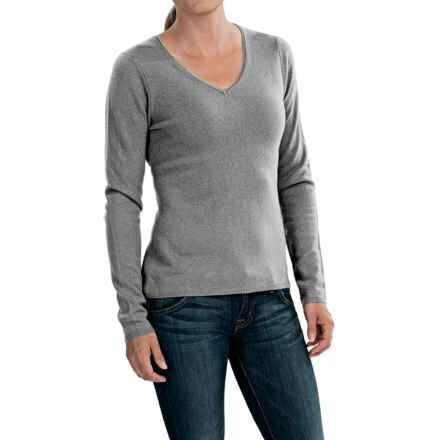 In Cashmere V-Neck Sweater (For Women) in Mid Heather Grey - Closeouts
