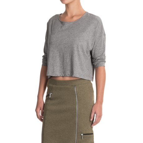 Indigenous Organic Cotton Boxy Crop Top Shirt - Scoop Neck, Elbow Sleeve (For Women) in Charcoal
