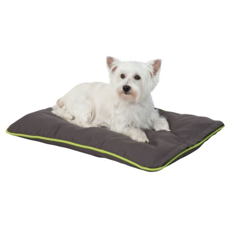"""Insect Shield Dog Crate Mat - 28x18"""" in Grey"""
