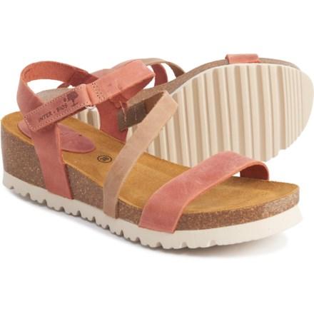 Women's Footwear: Average savings of 44% at Sierra pg 2