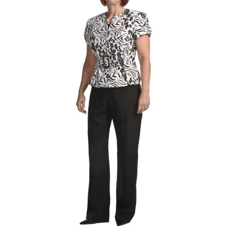 Isabella Printed Jacquard Crepe Pant Suit - Short Sleeve (For Plus Size Women) in Black/White