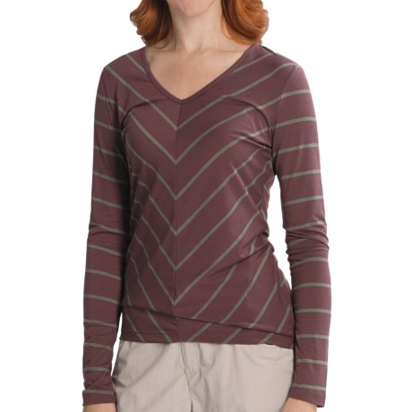 Isis Fundamental V Shirt - V-Neck, Long Sleeve (For Women) in Fig Stripe