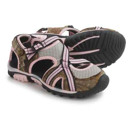 Itasca Windermere Sport Sandals (For Big Girls) in Realtree Pink/Tan - Closeouts