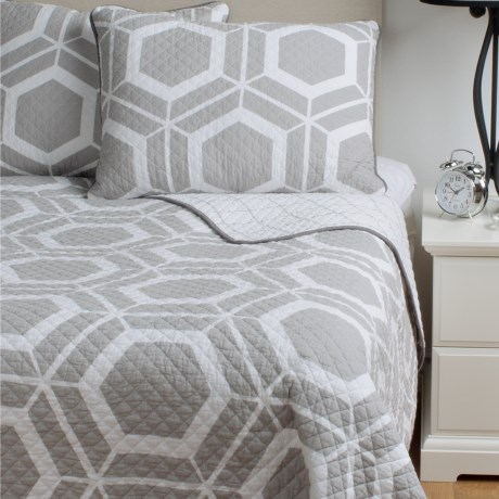 Ivy Hill Home Bold Geo Reversible Quilt Set Full/Queen