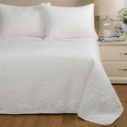 Ivy Hill Home Carrington Quilt Set - King in White - Closeouts