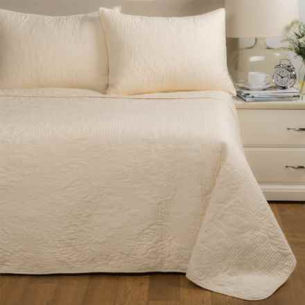 Ivy Hill Home Carrington Quilt Set - Twin in Ivory - Closeouts