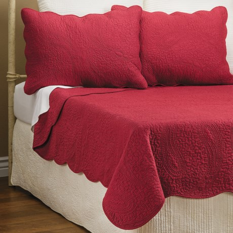 Ivy Hill Home Cooper Paisley Quilt Set - Full-Queen in Red