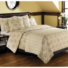 Ivy Hill Home Cottage Rose Toile Cotton Quilt Set - Reversible, Twin in Ivory - Overstock