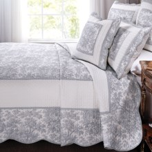 Ivy Hill Home French Cottage Quilt Set - Full-Queen, 3-Piece in Cement - Overstock