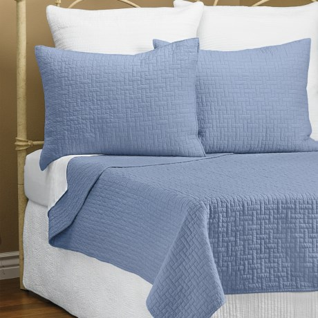 Ivy Hill Home Landon Quilt Set - Full-Queen in Heritage Blue