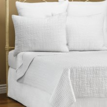 Ivy Hill Home Landon Quilt Set - Full-Queen in Whisper White - Overstock
