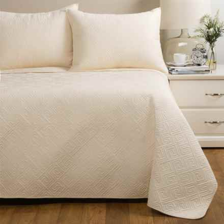 Ivy Hill Home Saxon Quilt Set - Full-Queen in Ivory - Closeouts
