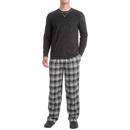 IZOD Crew Neck Shirt and Flannel Pants Sleep Set - Long Sleeve (For Men) in Black - Closeouts