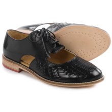 J Shoes Harrow Oxford Shoes - Leather (For Women) in Black - Closeouts