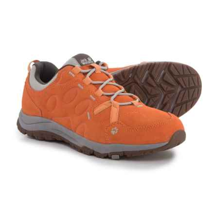 Jack Wolfskin Terra Nova Low Hiking Shoes - Suede (For Women) in Papaya - Closeouts
