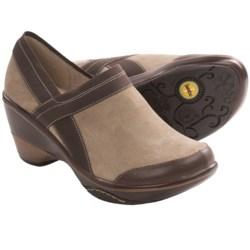Jambu Cali-Classic Shoes - Clogs (For Women) in Khaki