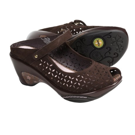 Jambu Journey Wedge Shoes (For Women) in Brown