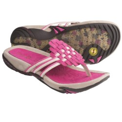 Jambu Leaf Sandals - Leather (For Women) in Fuchsia