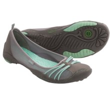 Jambu Spin-Barefoot Water Ready Shoes - Minimalist (For Women) in Grey/Glass - Closeouts