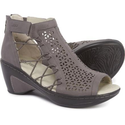 11a3b943fcb1c Jambu Shoes average savings of 41% at Sierra