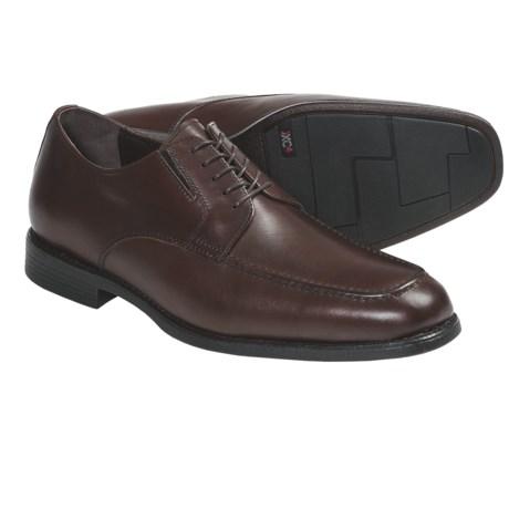 Johnston & Murphy Suffolk Shoes - Waterproof, Moc Toe (For Men) in Mahogany