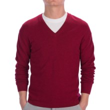 Johnstons of Elgin Cashmere Sweater - Slim Fit, V-Neck (For Men) in Wine Heather - Closeouts