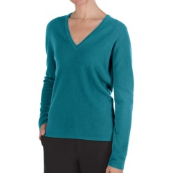 Johnstons of Elgin Classic Cashmere V-Neck Sweater - 21-Gauge (For Women) in Hd4025 Turquoise