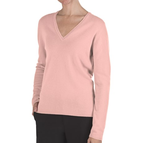 Johnstons of Elgin Classic Cashmere V-Neck Sweater - 21-Gauge (For Women) in He1073 Rose Pink