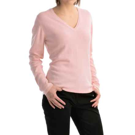 Johnstons of Elgin Classic Cashmere V-Neck Sweater (For Women) in Rose Pink - Closeouts