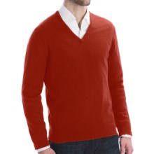 Johnstons of Elgin Lightweight Cashmere Sweater - V-Neck (For Men) in Bracken - Closeouts