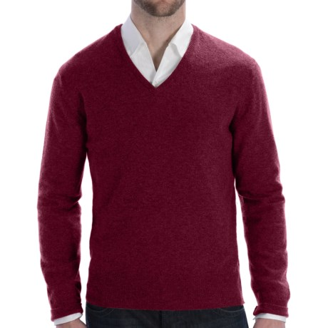 Johnstons of Elgin Lightweight Cashmere Sweater - V-Neck (For Men) in Damson Red