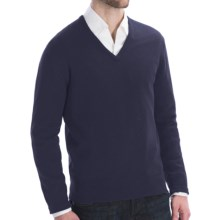 Johnstons of Elgin Lightweight Cashmere Sweater - V-Neck (For Men) in Midnight - Closeouts