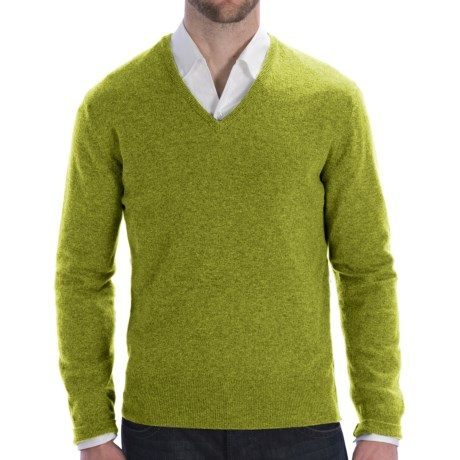 Johnstons of Elgin Lightweight Cashmere Sweater - V-Neck (For Men) in Moss