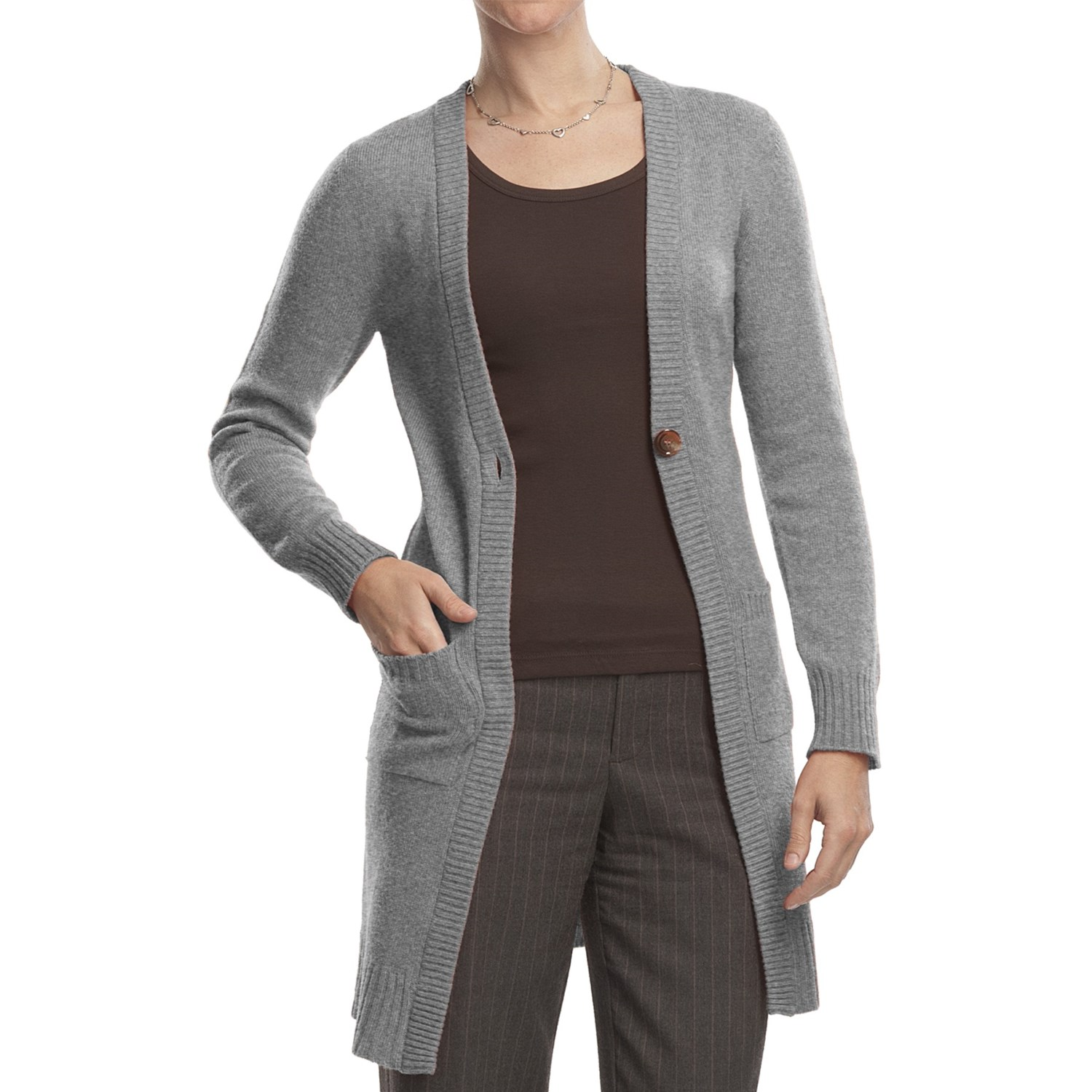 Architect® long sleeve basic ribbed knit cardigan, with a button front closure and crew neck, is the perfect layering piece. Easy to pair with denim jeans, or classic pull .