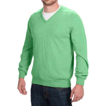 Johnstons of Elgin Scottish Cashmere Sweater - V-Neck (For Men) in Pistachio - Closeouts