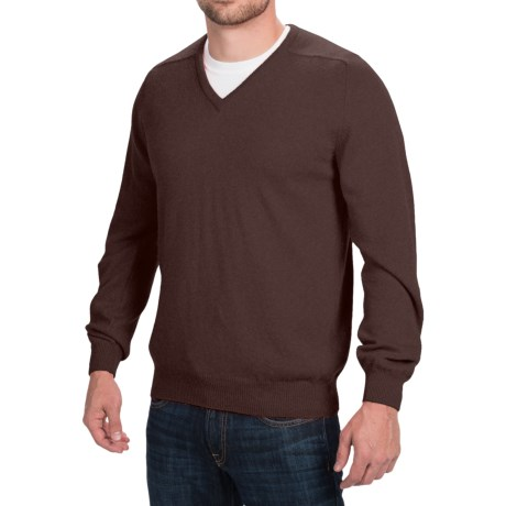Johnstons of Elgin Scottish Cashmere Sweater - V-Neck (For Men) in Treacle