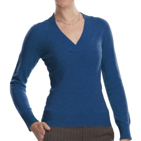Johnstons of Elgin V-Neck Sweater - Cashmere (For Women) in Peacock