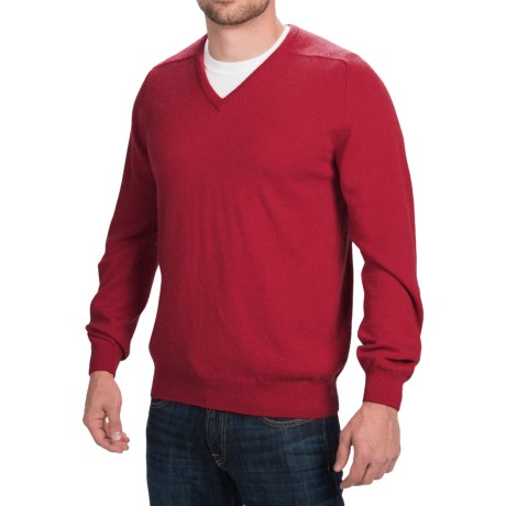 Johnstons of Elgin V-Neck Sweater - Scottish Cashmere (For Men) in Scarlet
