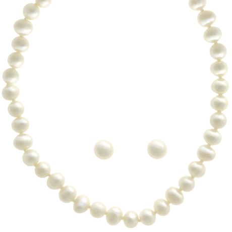 Jokara Freshwater Pearl Set - Necklace and Earrings in White