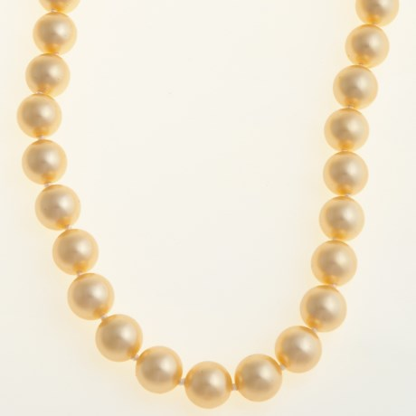 Jokara Shell Pearl Necklace - 12mm in Champagne