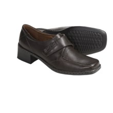 Josef Seibel Biscay 01 Leather Shoes - Slip-Ons, Contrast Stitching (For Women) in Brown - Closeouts