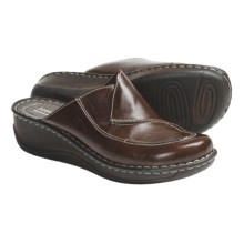 Josef Seibel Emma Clogs (For Women) in Chestnut - Closeouts
